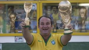 تعرف على صانع كأس العالم.. المزيفة