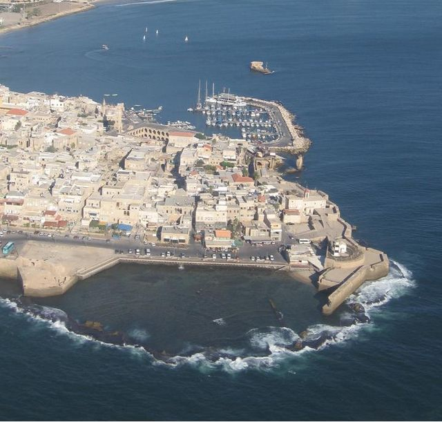 City_of_Acre,_Israel_(aerial_view,_2005)