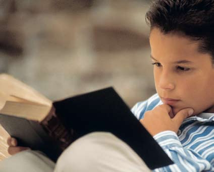 large-باحثون-التلفزيون-و-الأنترنت-ساهما-في-عزوف-التلاميذ-عن-المطالعة-والقراءة-ecc56