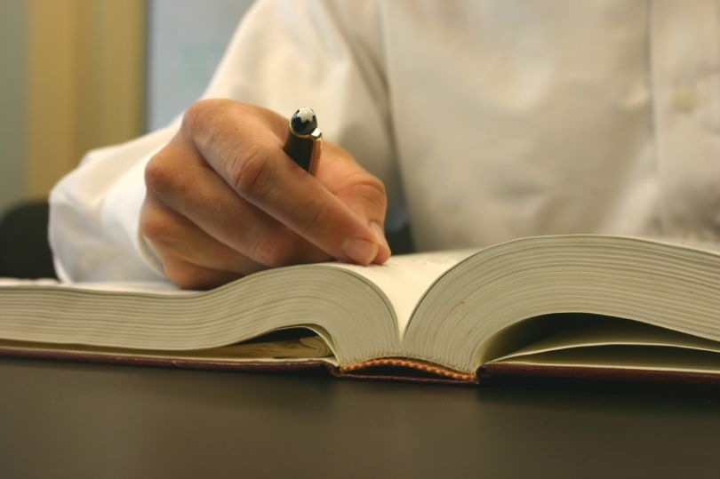 Write-book1-810x539