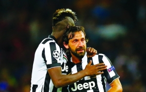 Football - FC Barcelona v Juventus - UEFA Champions League Final - Olympiastadion, Berlin, Germany - 6/6/15 Juventus' Paul Pogba and Andrea Pirlo look dejected at the end of the match Reuters / Darren Staples